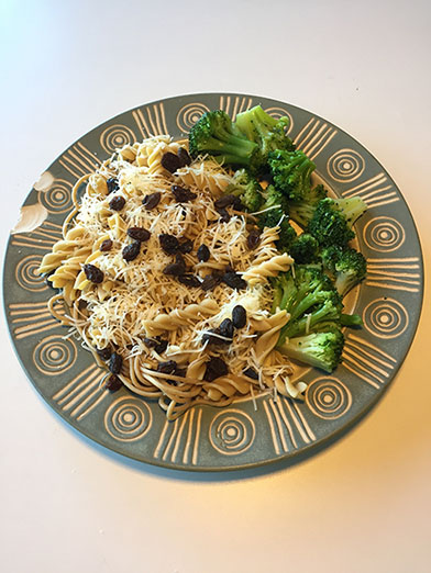 Exploring the Aesthetics of Food – April